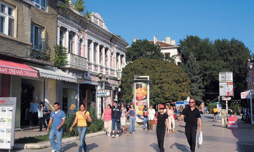 Rue piétonne de Varna.