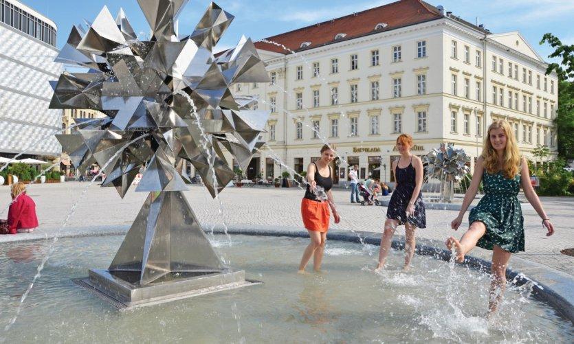Richard Wagner Platz.