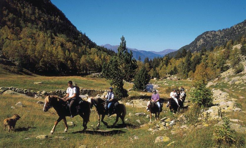 Cavaliers dans le Val de Madriu