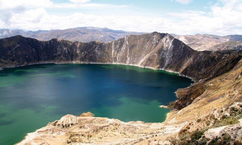 La vue sur la lagune de Quilotoa surprend tous les voyageurs venus à sa rencontre.