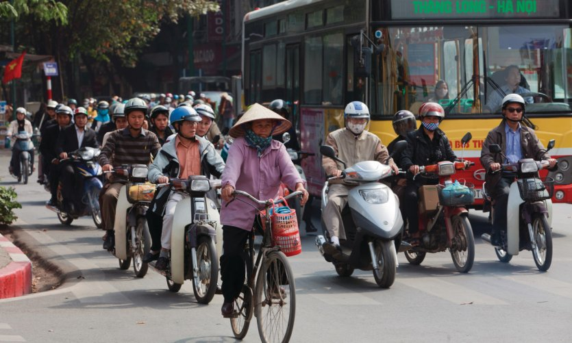 <p>Traffic in Hanoi.</p>