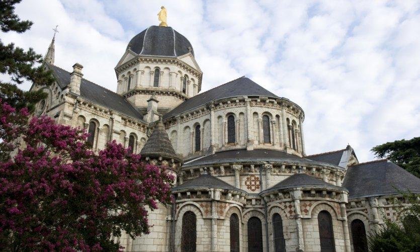 église Notre-Dame, Chateauroux, France