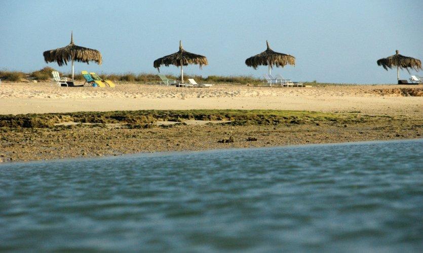 Les plages des îles Moucha et Maskali.