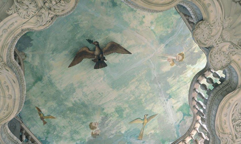 Plafond baroque de l'hôtel Ferrari
