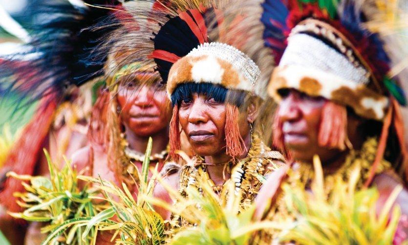 <p>Danseuses de la région de Goroka. Goroka Show.</p>