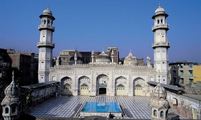 Mosquée Mohabbat Khan.