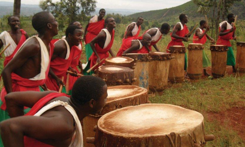 Les tambourinaires de Gishora.