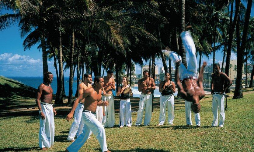 Joueurs de capoeira.