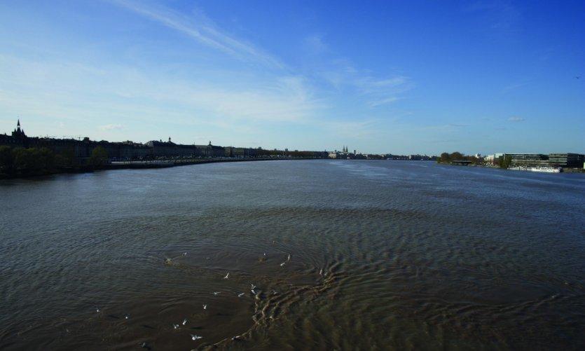 La Garonne couleur d'argile