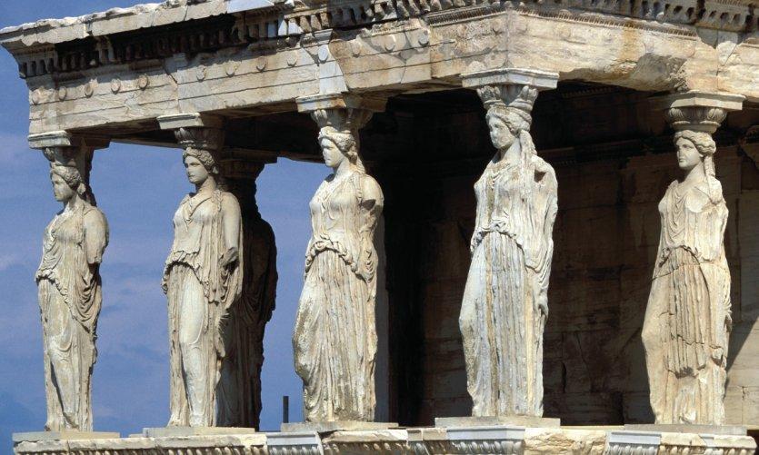 Caryatides de l'Erechtheion dans l'Acropole.