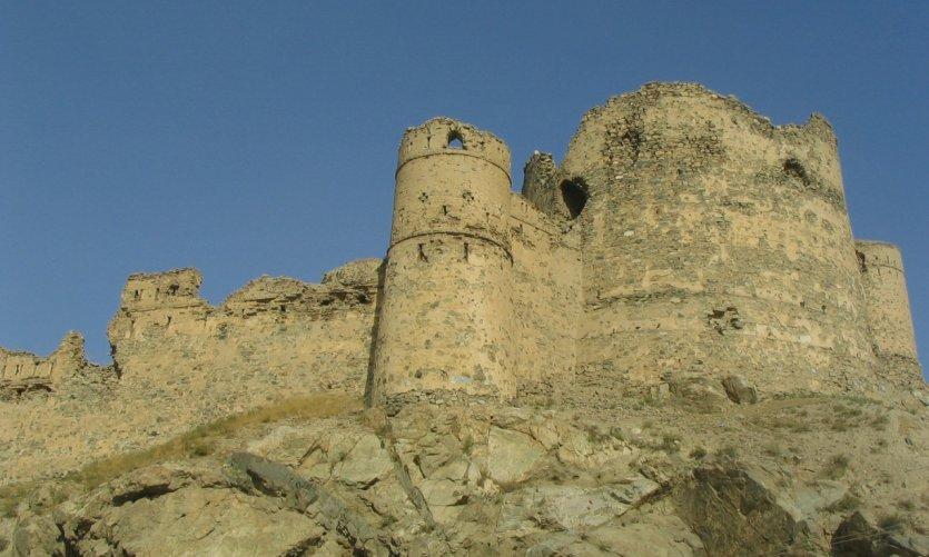 Bala Hissar, les murs anciens qui entouraient Kaboul.