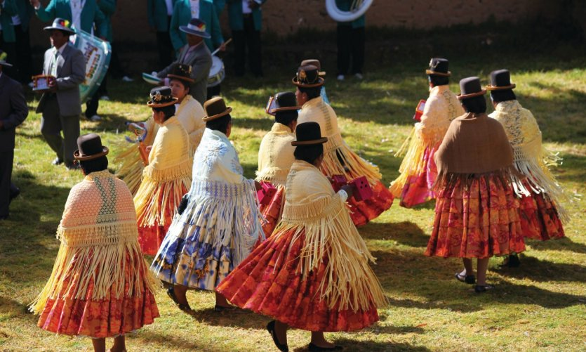 <p>Danzas tradicionales en Yumani para el cumpleaños del pueblo.</p>