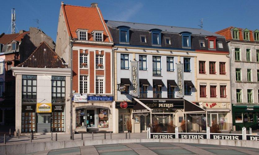 Roubaix guide actualit adresses avis petit fut - Place du travail roubaix ...