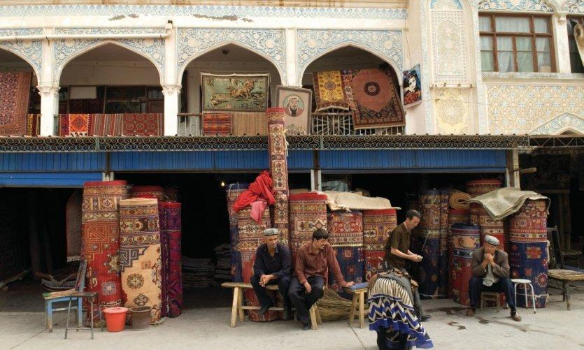 Marchands de tapis de Kashgar.