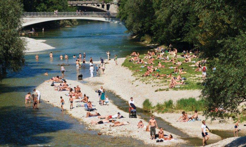 Munich le guide touristique petit fut for Jardin anglais munich naturisme