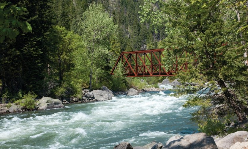 <p>Tumwater Canyon Bridge sobre el río de Wenatchee.</p>