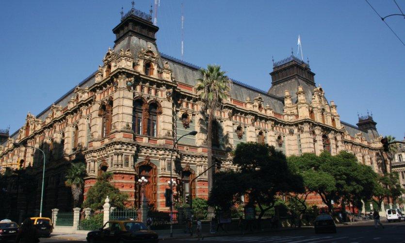 <p>Palacio de las Aguas Corrientes in Buenos Aires.</p>