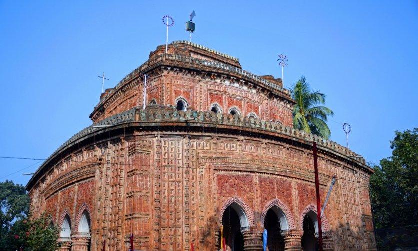 Le temple de Kantaji.