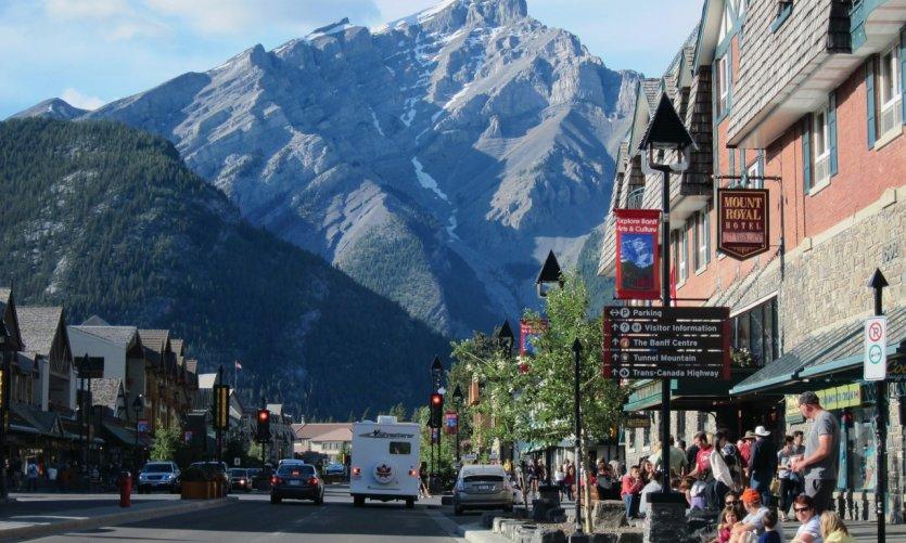 <p>Centro de la Ciudad de Banff.</p>