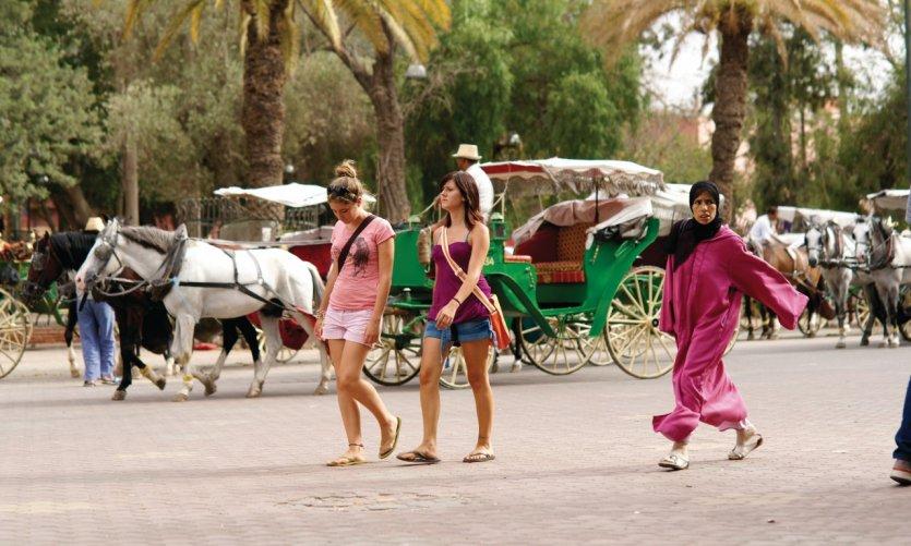 Promenade en direction de la place Jemaâ el-Fna.
