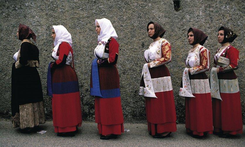Procession pendant la fête de la Vierge des Martyrs.
