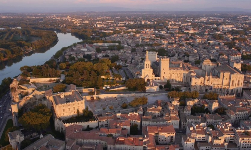 Vue aérienne d'Avignon.
