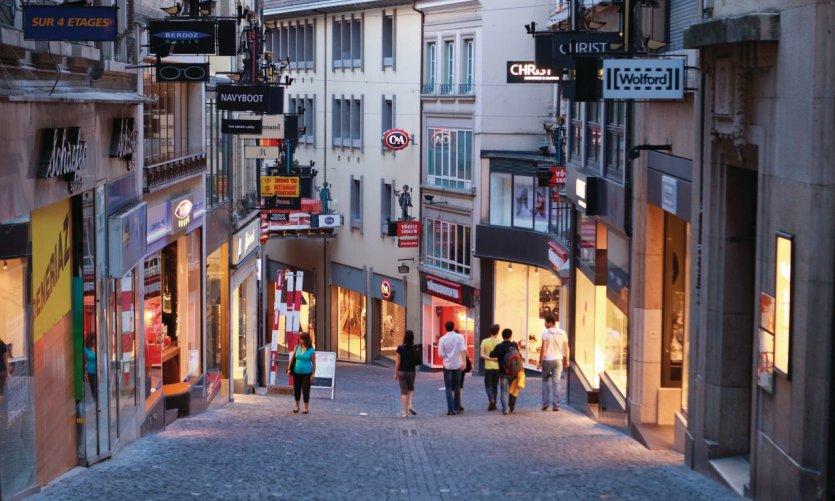 Rue Saint-Francois.