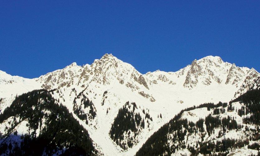 Le col des Aravis sous la neige