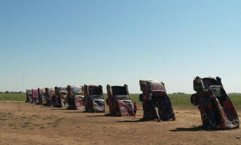 La Cadillac Ranch, près d'Amarillo au Texas est une curiosité à ne manquer sous aucun prétexte.