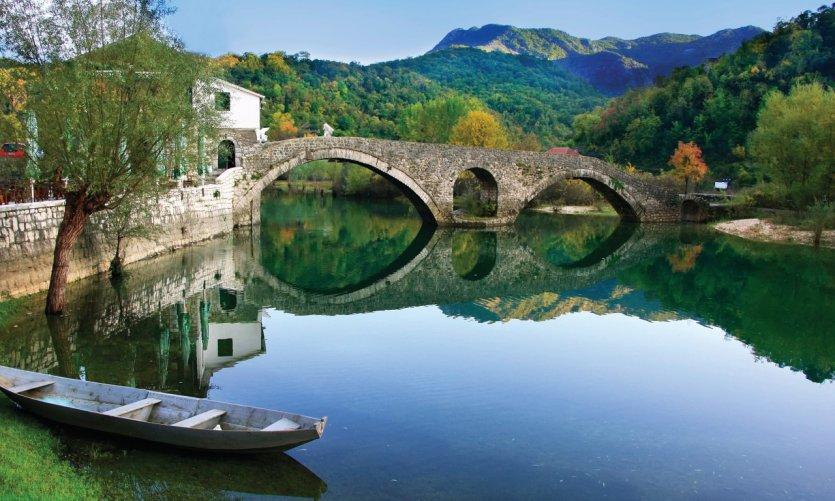Rijeka Crnojevica.