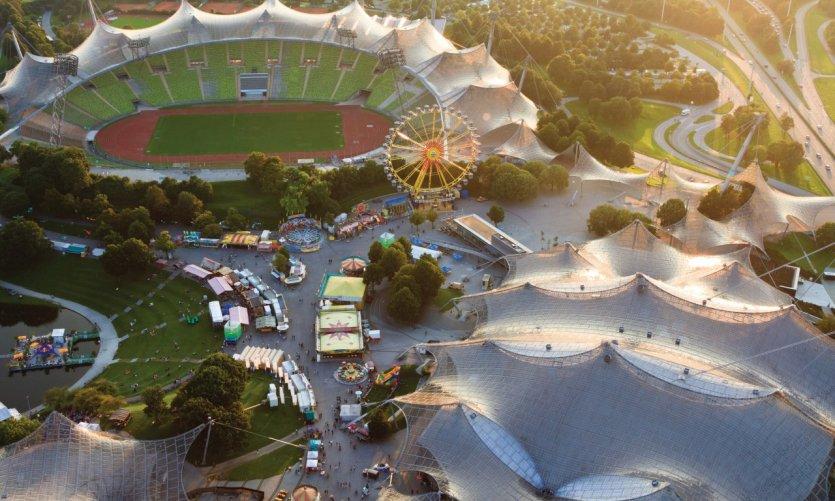L'Olympiapark vu depuis l'Olympiaturm.