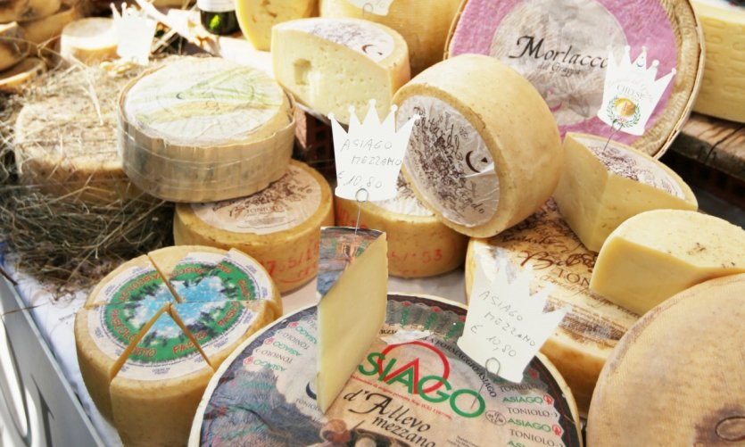 Fromages locaux.