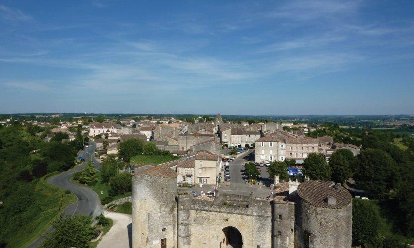 Vue depuis le Château de Duras.
