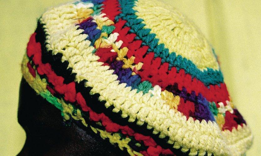 Bonnet rasta, une pratique identitaire en Jamaïque.