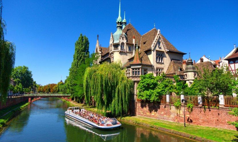 Bateau mouche à Strasbourg.