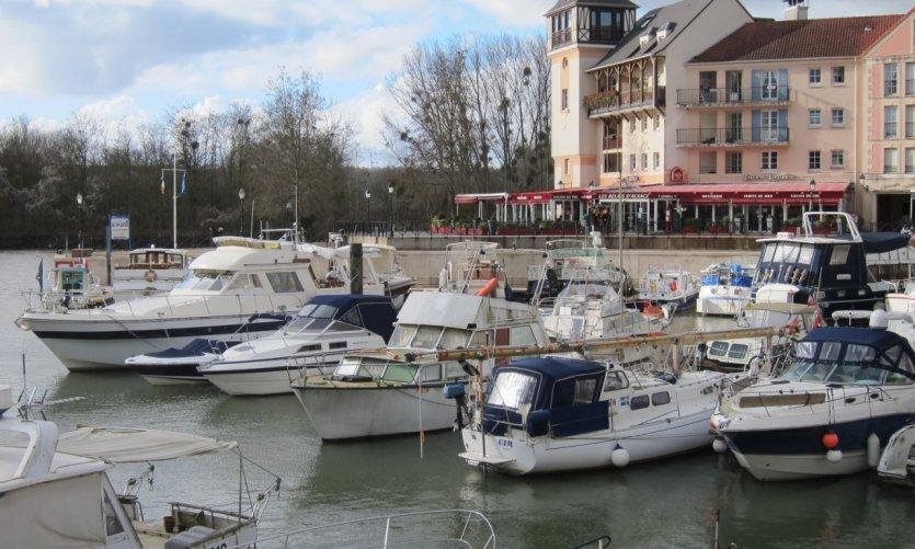 Le port du vieux Cergy