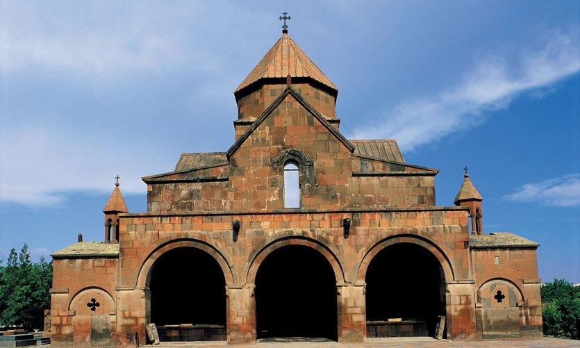 Église Sainte-Gayanée.