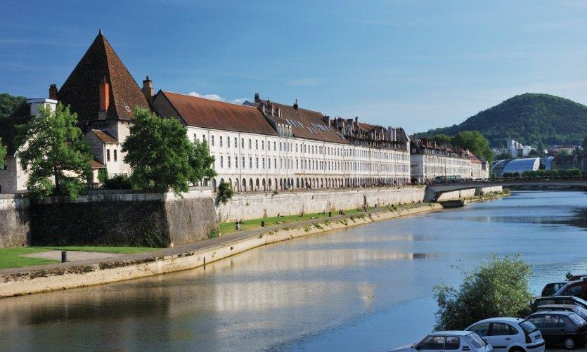 Le quai Vauban