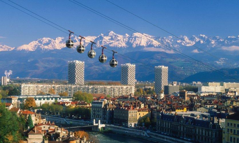 Vue sur la ville de Grenoble.