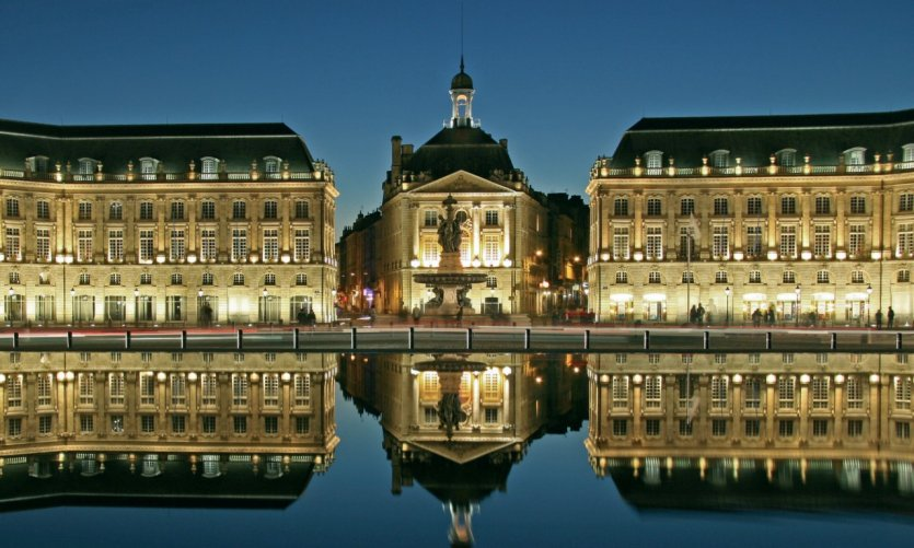 La place de la Bourse, de nuit - Bordeaux