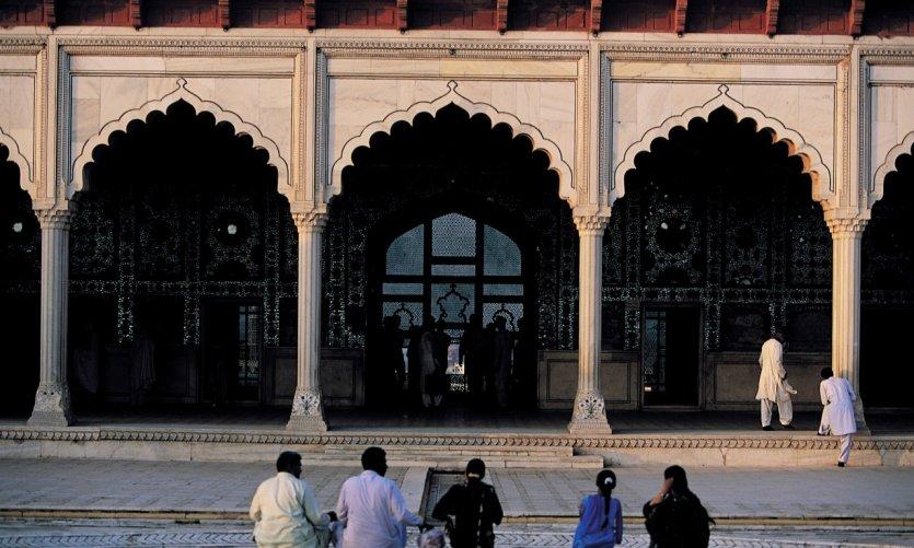 Arcades du palais des Miroirs ou Sheesh Mahal.