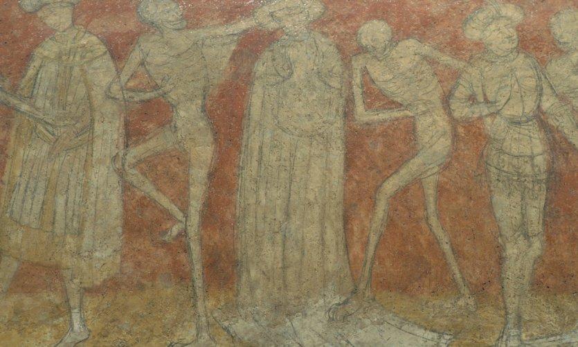 Haute loire guide touristique petit fut for Chaise dieu danse macabre