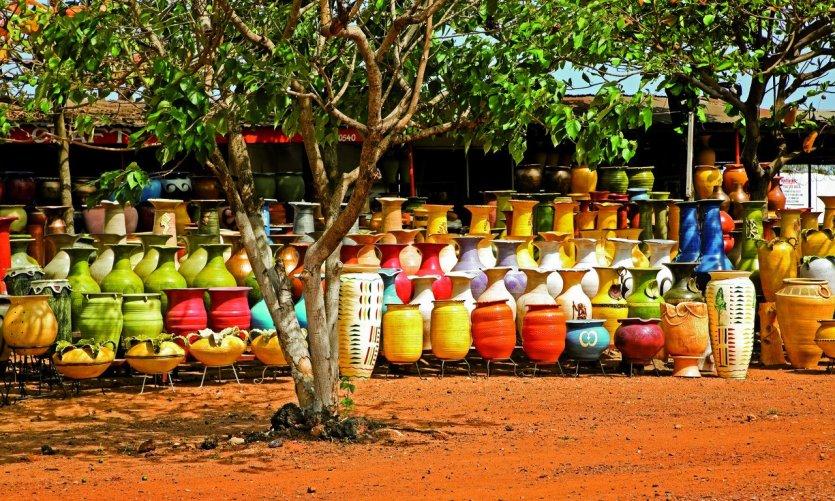 Marché aux poteries, Accra.