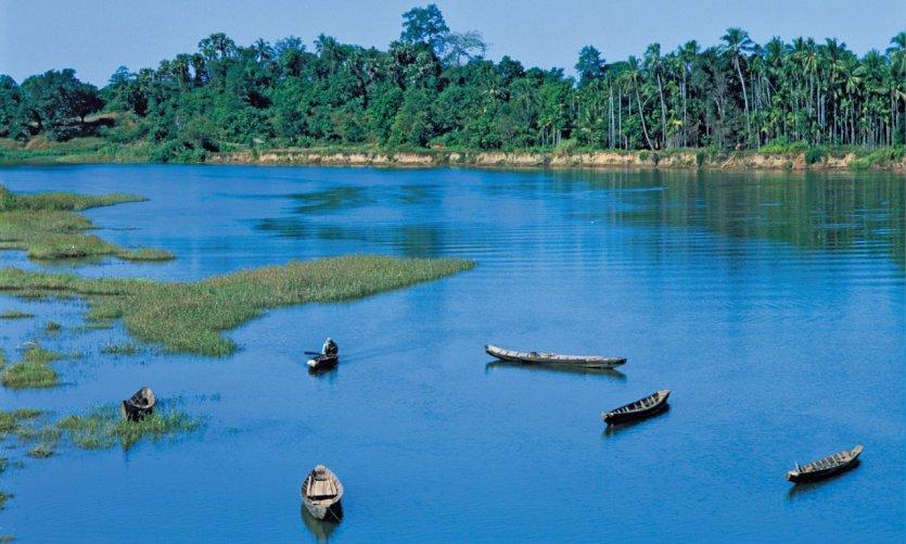 Barques sur l'Irrawaddy.