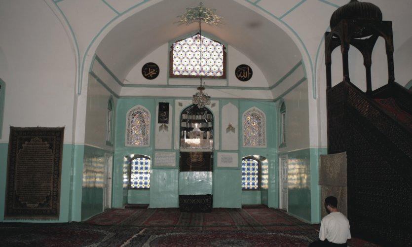 Intérieur de la mosquée.
