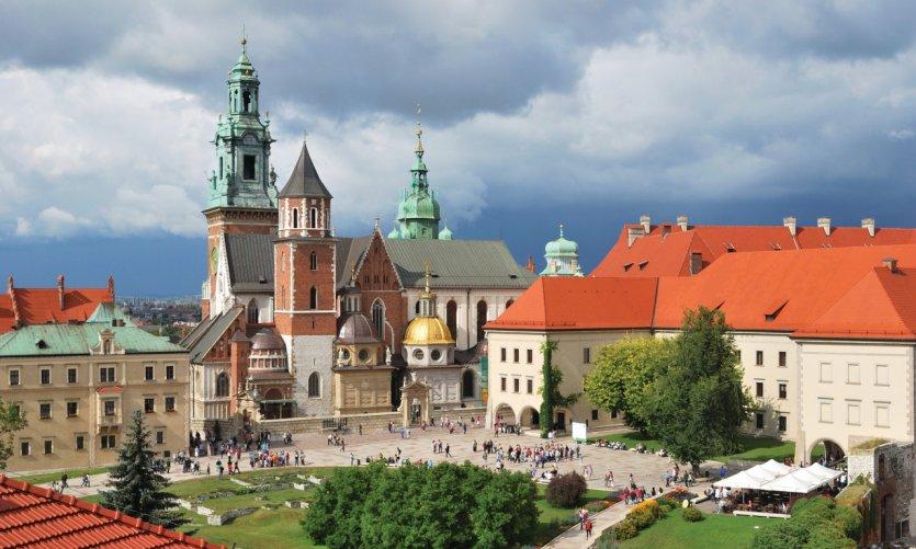 La cathédrale de Wawel est l'église principale de l'archidiocèse de Cracovie.