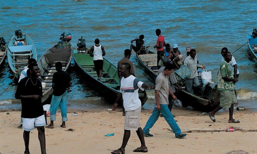 Avant la traversée du fleuve en direction du Suriname.