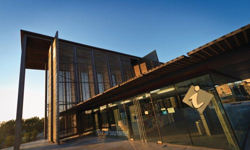 L'office du tourisme de Niort, place de la Brèche