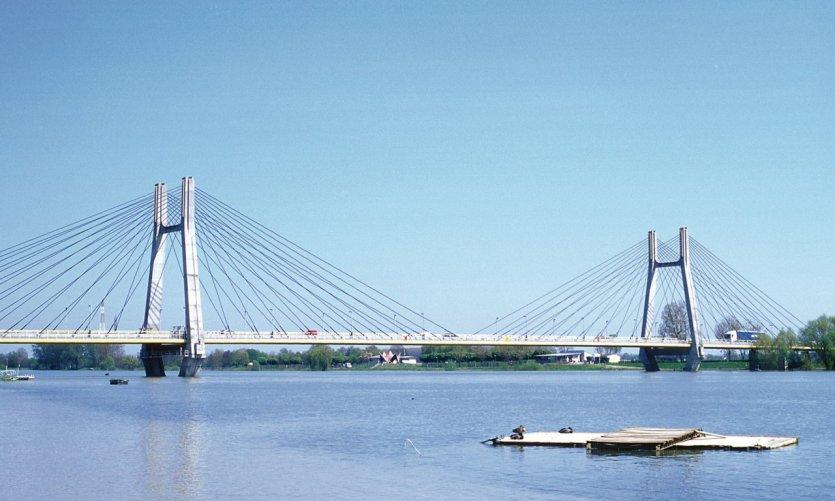Le pont de Bourgogne, sur la Saône