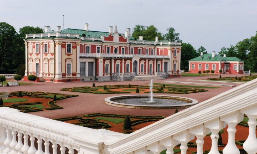 <p>Palais de Kadriorg.</p>